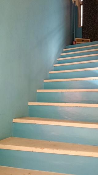 stairs-lightblue